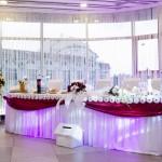 41 Restaurant Up Town Targoviste - Masa de prezidiu nunta Roxy Style 0729491225